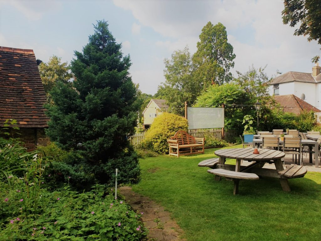 beer garden at the Queens Head Pub at Nutfield, Redhill, Surrey