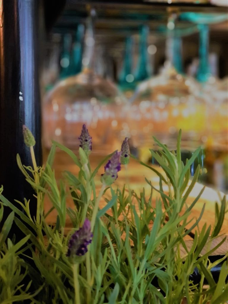 lavender and wine glasses at the Queens Head Pub at Nutfield, Redhill, Surrey